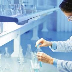 Running Saronno dona 900 confezioni di disinfettante all'Ospedale di Saronno